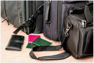 suitcase-841200_